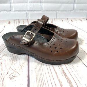 Sanita Danish Brown Leather Clogs Size 36/6